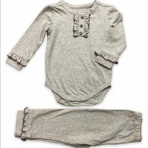 NWT Little Prim by Mustard Pie outfit 12m